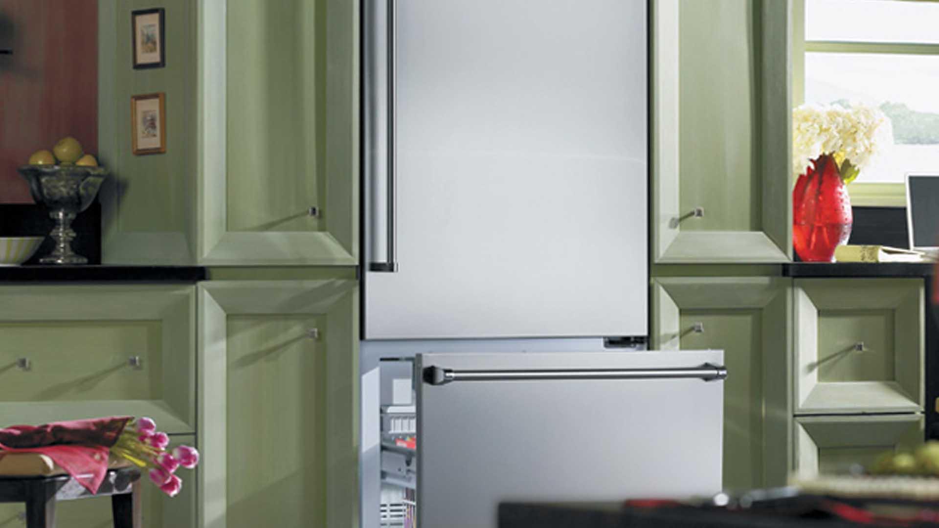 Viking Freestanding Bottom Freezer Refrigerator Repair Service | Viking Appliance Repairs